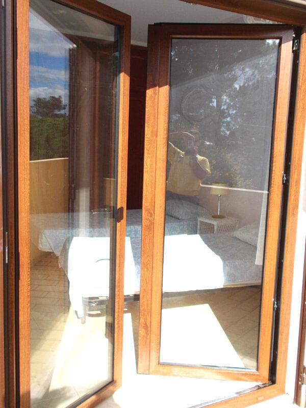 fenetre pvc imitation bois. Black Bedroom Furniture Sets. Home Design Ideas