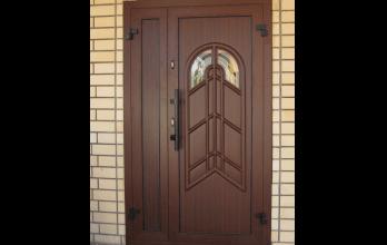 Porte d'entrée en PVC imitation bois