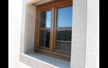 Fenêtres bois sur mesure couleur naturel